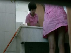 Japanese babe with sexy legs has gone to the toilet to piss