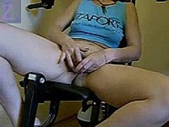 Very hot fingering porno
