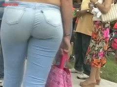 Two hot blondes with appetizing ass appear in the street candid video