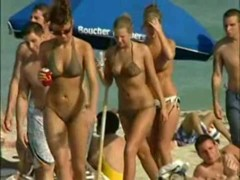 Hot naked booty and big boobs on the nudist beach