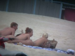 Thrilling nude beach spy cam video