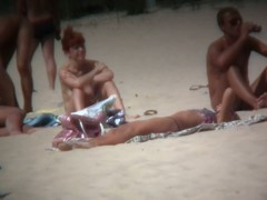 Free nude videos of sexy bodies on the beach.