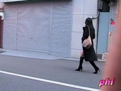 Hot business Asian lady got sharked in Japan on her way home