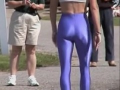 Candid booty video of girl in the blue spandex pants 08f