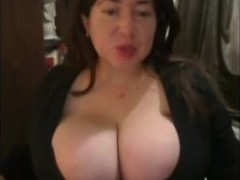 Hawt Breasty big beautiful woman Giant whoppers :)