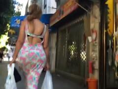 Bubble butt bouncing in skirt