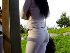 Candid - Sexy Babe In Tight White Jeans With Great Ass