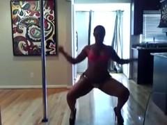 Maliah Michel Disrobe Practice and making it
