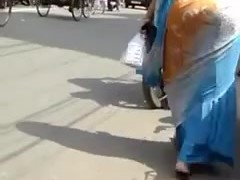 Bangla desi Huge ass aunty hips