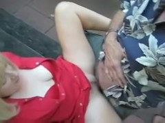 Little park fuck with hubby