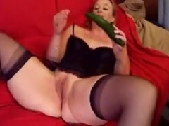 her masturbating that babe is so fucking sexy I wished I could fuck her