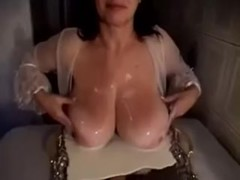 Busty Mature Big Boobs play