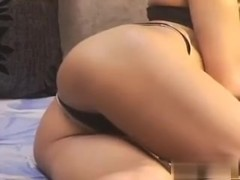 Homemade milf porn video that I made with my web camera is showing me posing and teasing with my hot