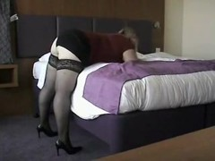 Lady in nylons receives screwed by the bellboy.