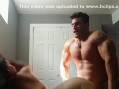 Bodybuilder destroys this college girl's pussy !!!
