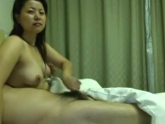 Asian girl gets convinced by her bf to make her first sextape