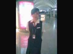 China, Sichuan in some Chengdu Shuangliu Airport of zeppelins ground hostess of Dziga take exposed t