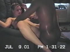 Cuckold gets sloppy seconds, after his gf fucked 2 black guys.