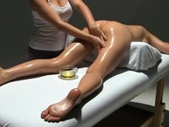 The best masseuse ever makes me get multiple orgasms