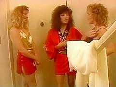 BUFFY DAVIES & KARI FOXX classic Lesbians