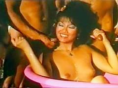 Mai Lin VS Serena (1982) scene 4