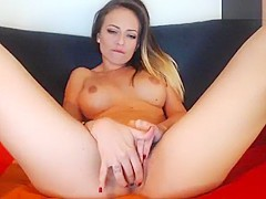 Mirrabelle13 playing with a vibrator OhMiBod