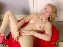 Isabella Diana in Masturbation Movie - AuntJudys