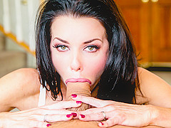 Troated Video: Veronica Avluv