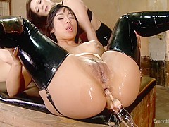 Mia Li and Nikki Delano Push their Extreme Anal Skills