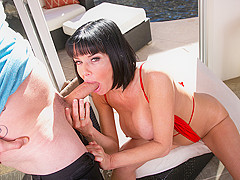Veronica Avluv & Van Wylde in This MILFs Desperate For Cum - MrsCreampie