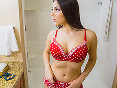 Valentina Nappi & Mark Wood - TonightsGirlfriend
