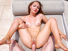 Sabrina Rey in Excessive Heat - Tiny4K