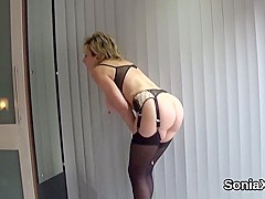 Adulterous english milf lady sonia displays her huge boobies