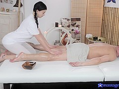 Lucy Li & Steve in Lucy Li On Steve - MassageRooms