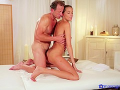 George & Sylvia in George On Sylvia - MassageRooms