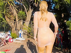 Roxy Raye,Ashley Fires,AJ Applegate,Chanel Preston in Walking Butts #08