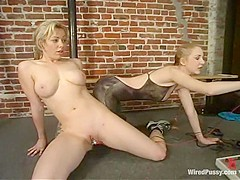 Adrianna Nicole in Wiredpussy Video