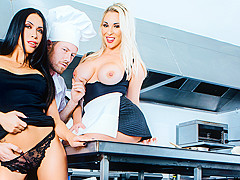 Freddy Fox, Hanna Shaw, Marc Rose, Ryan Ryderin Too Hot In The Kitchen - DigitalPlayground