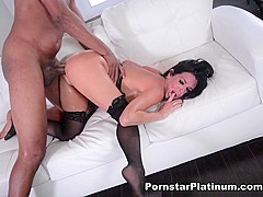Veronica Avluv in Fucking on the Throne - PornstarPlatinum
