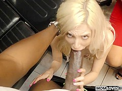 Stepmon Alura Jenson teaching Piper Perri how to fuck a BBC