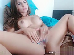 JulianaCandi rides sex toy