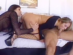 Lexi And Chelsea Give Hot Double Blowjob