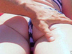 Roxy Nicole gets her ass fucked