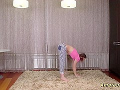 cute flexi teen stretching lesson