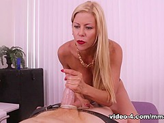 Alexis Fawx: You Made a Mess - MeanMassage