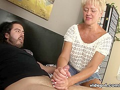Aunt Tracy's Lube - Over40Handjobs