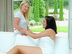 Amber Deen and Jenny Saphire in Lesson in love lesbian scene by SapphiX