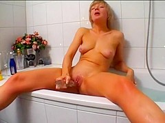 Short Haired Blond Euro Babe in Shower