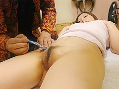 Yuki Kawamoto in Yuki Kawamoto gets treated at a Pussy Hair Removal Salon - AviDolz