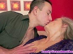 Hugetit granny riding young guys cock
